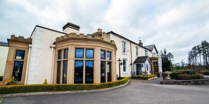 2 Night North Wales Stay for 2 with Breakfast and Glass of Prosecco Each £99