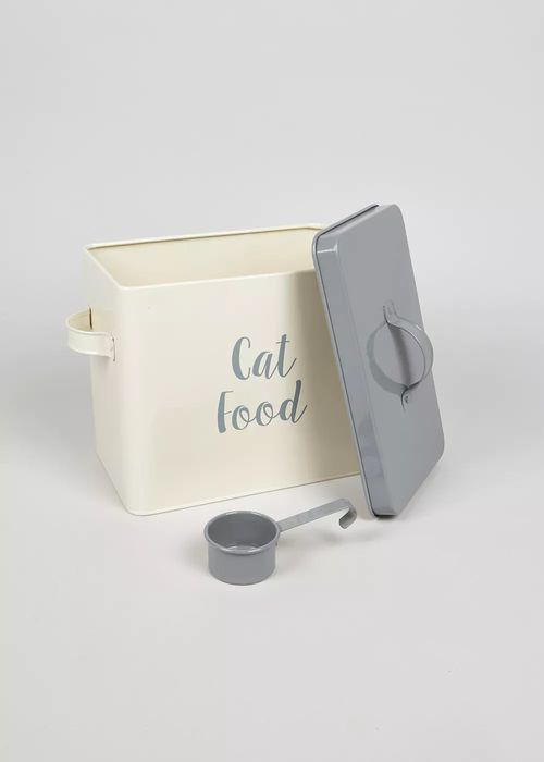 Cat Food Tin and Scoop Only £7.2