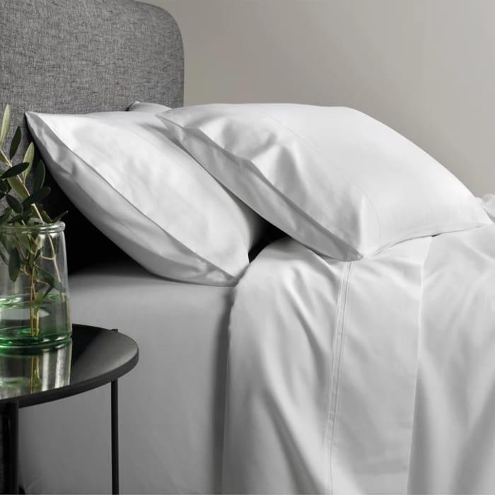 Sheridan - White 600 Thread Count Egyptian Blend Sheet Set Now £38