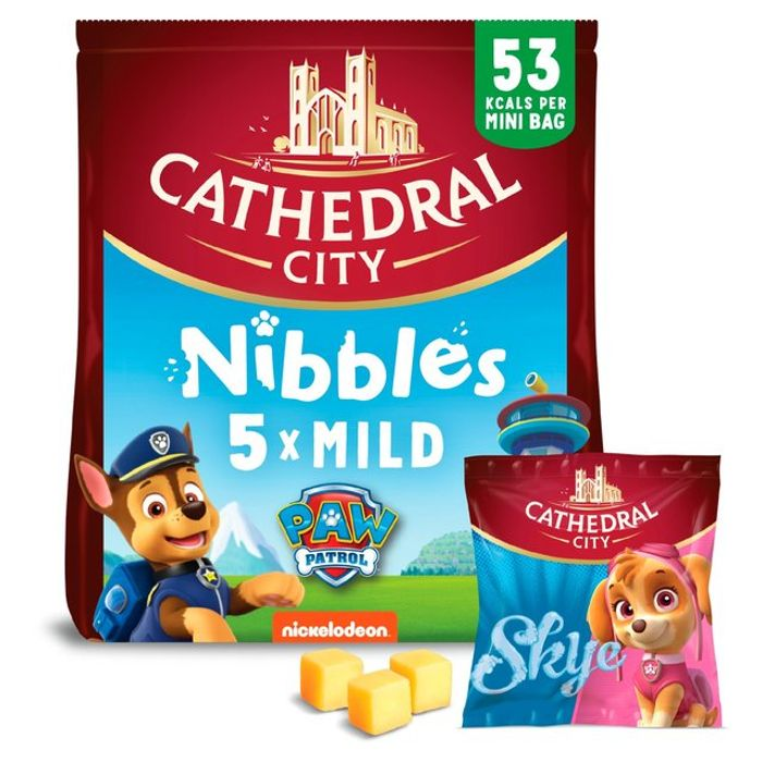 Cathedral City Kids Snack Nibbles Mild Lighter Cheese 6 X 16g