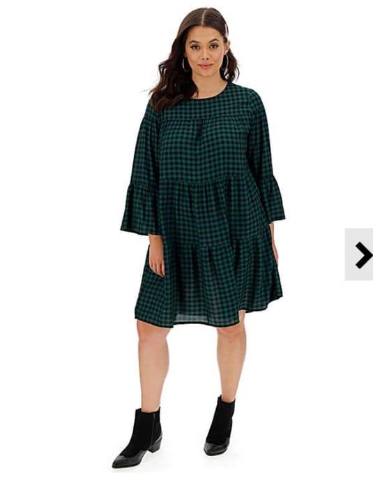 10% off Dresses at Fashion World