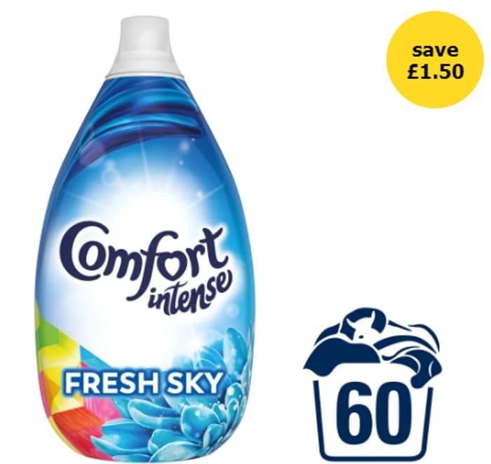 Comfort Intense Fresh Sky Fabric Conditioner 60 Washes 900ml
