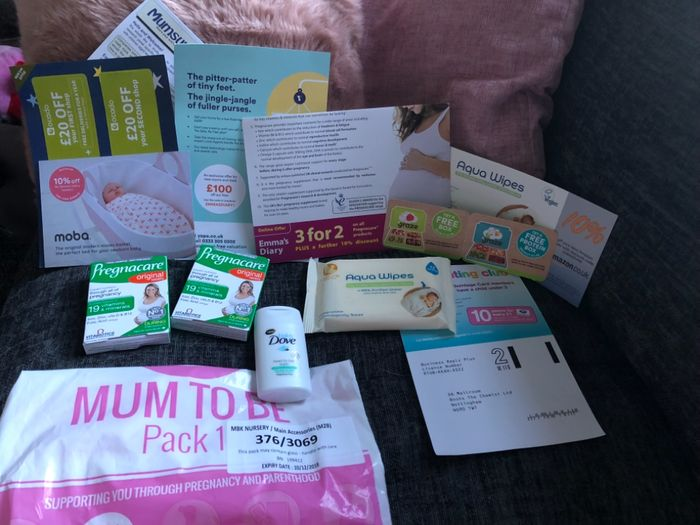Free Baby Gift Bags, Free Pregnancy App Etc.
