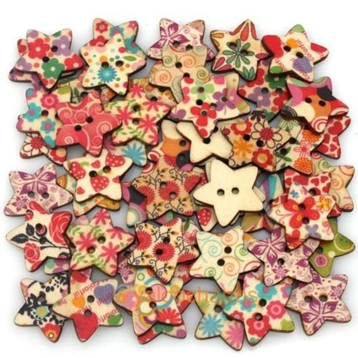2 Hole Wooden Buttons Only £0.79 Delivered