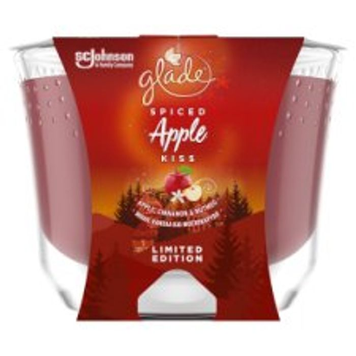 Glade Air Freshener Spiced Apple Kiss 224G HALF PRICE