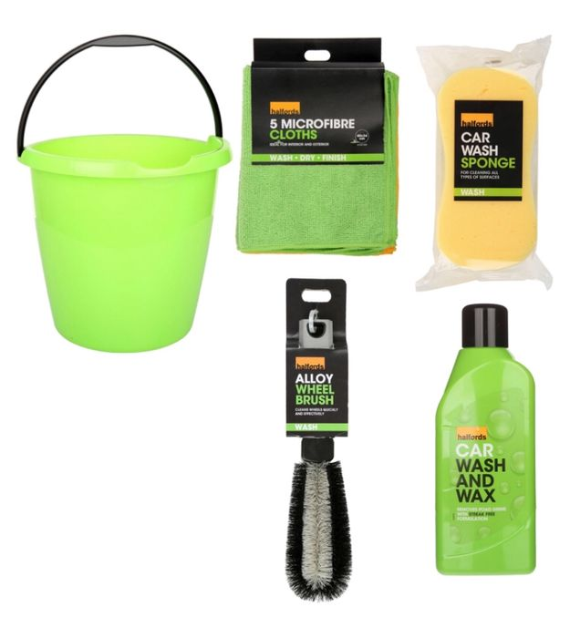 Cheap Halfords Car Cleaning Bucket Bundle, reduced by £2.2!