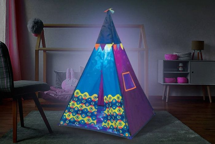 Cheap Childrens Blue Teepee Play Tent with Built-in Light with £52 Discount!