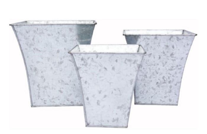 Homebase Set of 3 Galvanised Iron Garden Planters - Silver