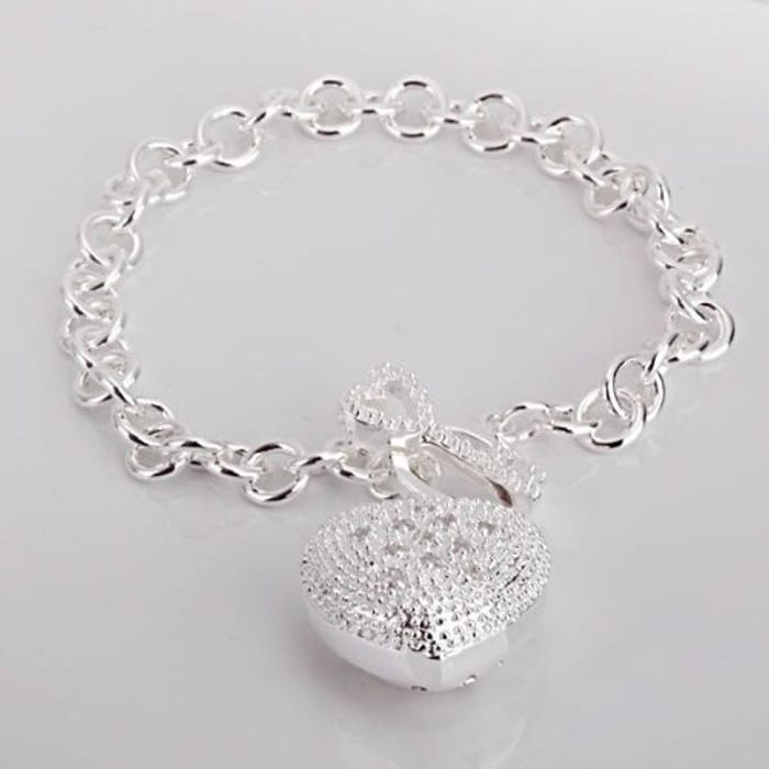 Cheap Chunky Bracelet Only 99p FREE Delivery at Amazon