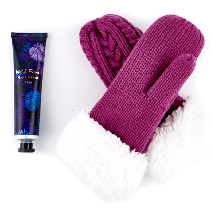 Friends Christmas Mitten & Hand Cream Set