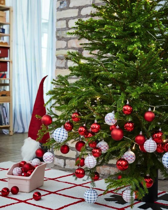 Buy an Ikea Christmas Tree for £29 and Receive £20 Voucher Back - 21/11-24/12