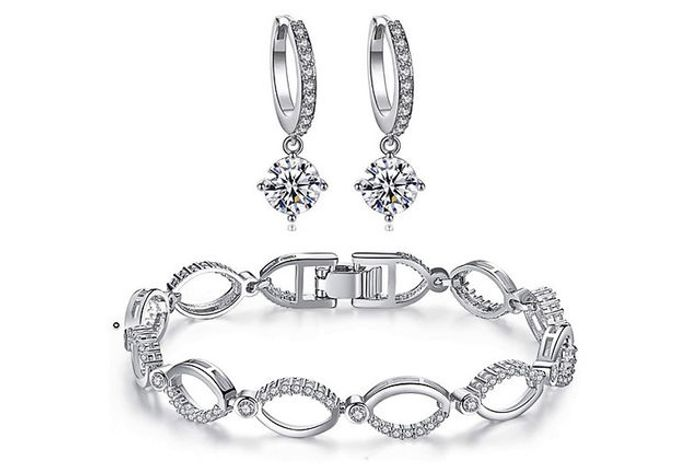 Crystal Hoop Link Jewellery Set Made with Crystals from Swarovski