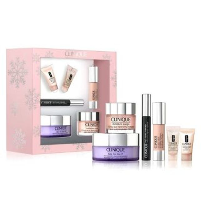 1/2 PRICE at BOOTS - Clinique Winter Glow Essentials (Worth £113)