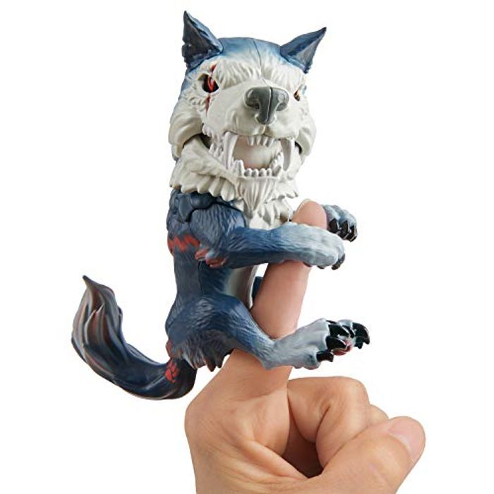Wow Wee 3961 Untamed Dire Wolf by Fingerlings - Midnight (Amazon Add-On)