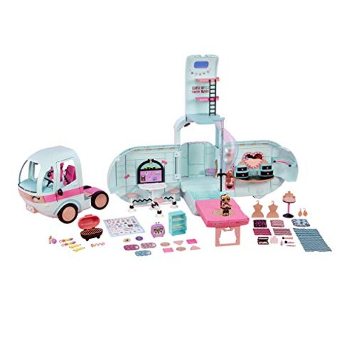 L.O.L Surprise! 2-in-1 Glamper Fashion Camper with 55+ Surprises