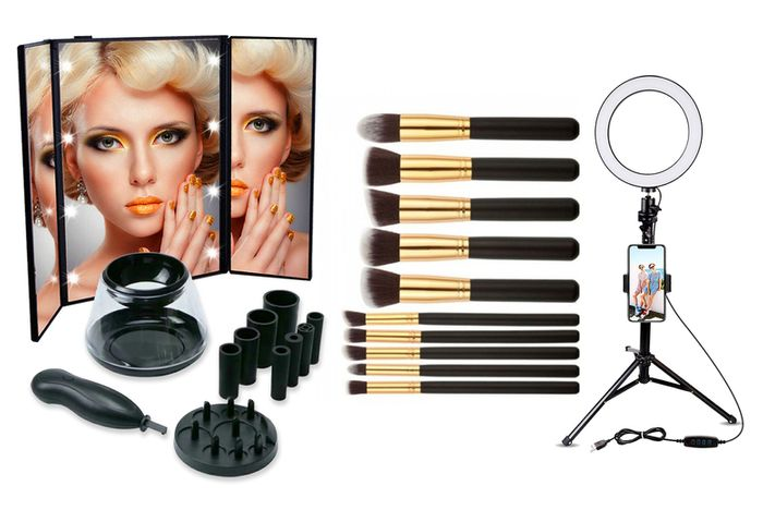 Beauty Guru Set W/ Mirror, Brushes, Cleaner & Selfie Ring
