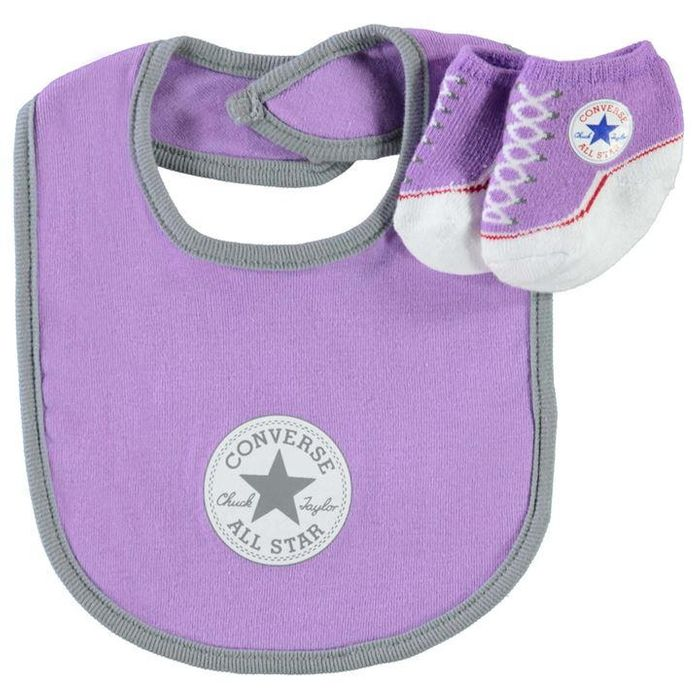Converse Bib and Bootie Set £2.40 with Code ''EXTRA20''