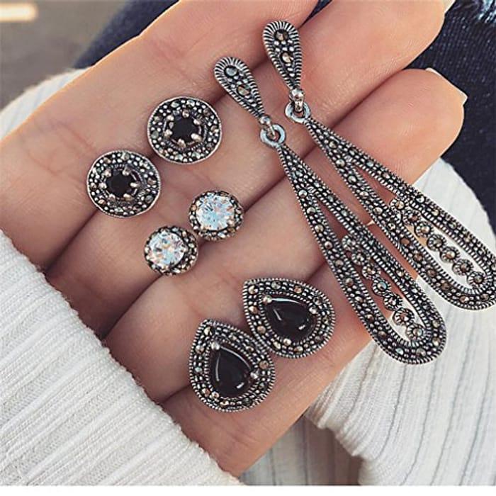 4 Pairs of Earrings