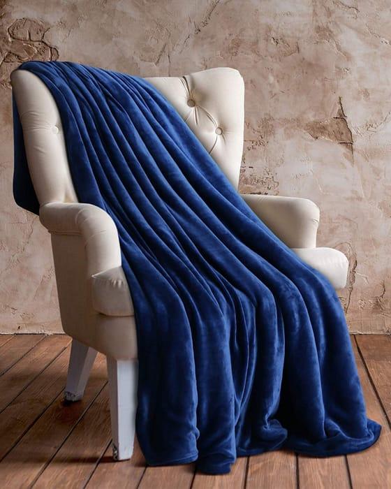 Cheap Utopia Bedding Flannel Fleece Throw - Navy Only £8.99