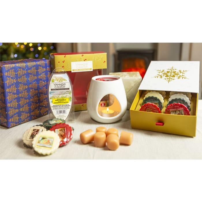 Yankee Candle 20 Piece Festive Season Melt Warmer Christmas Set Gift Pack