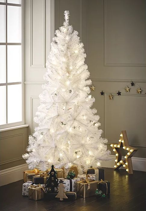 Cheap 6ft White Pre-Lit LED Christmas Tree Only £25