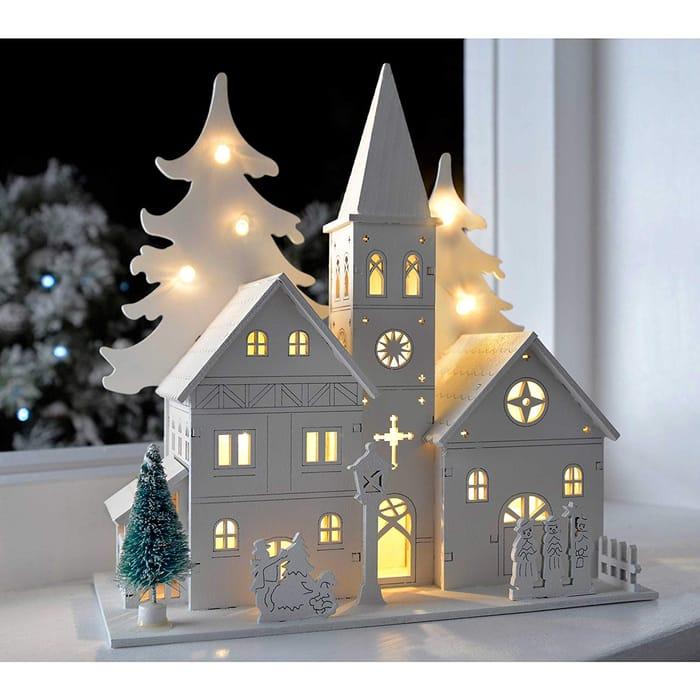Pre-Lit Wooden House Scene Christmas Decoration