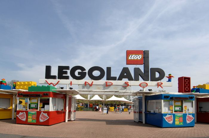 3* or 4* London Break, Breakfast & LEGOLAND Windsor Tickets with 41% Discount!