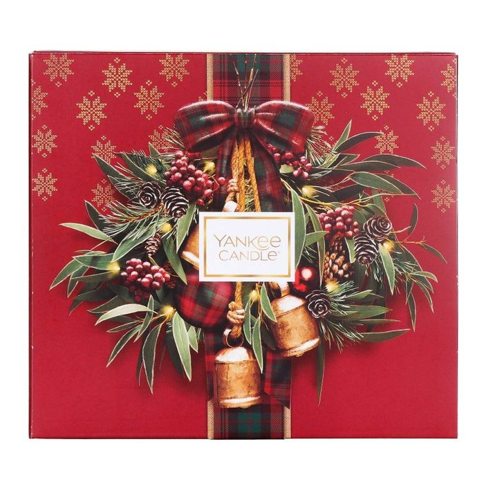 Yankee Candle Alpine Christmas Votive Memory Gift Set