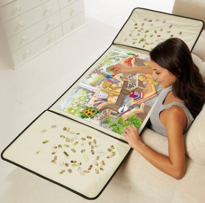 Jigsaw Puzzle Holder at Studio - Only £9.99!