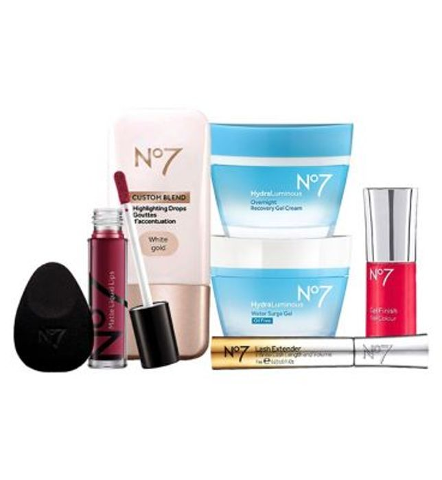 No7 Everyday Essentials Collection