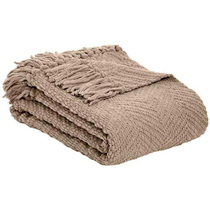 AmazonBasics Knitted Fringed Throw Blanket - Camel