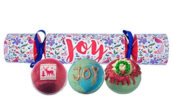 Cheap Bomb Cosmetics Joy Cracker Handmade Gift Pack at Amazon, Only £5.71!