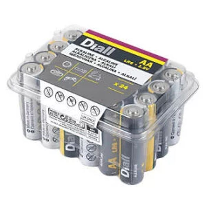 Diall Alkaline AA / AAA Batteries 24 Pack - Only £3.74!