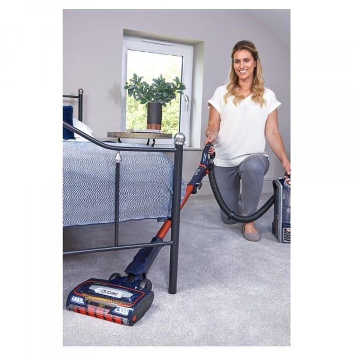 *SAVE £150* Shark Anti Hair Wrap Vacuum with TruePet