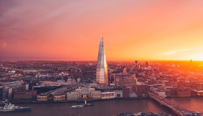 CHEAP!! 3* or 4* London Stay Breakfast & View from the Shard With Champagne