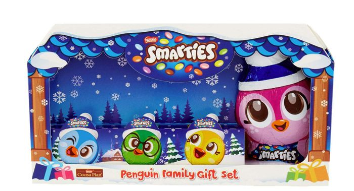Smarties Family Christmas Gift Set **Chocolate Figures Filled With Smarties