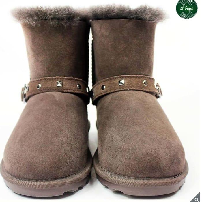 Kirkland SignatureKids Shearling Buckle Boots