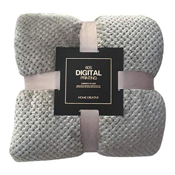 Bargain! Super Soft Warm Throw Blanket at Amazon