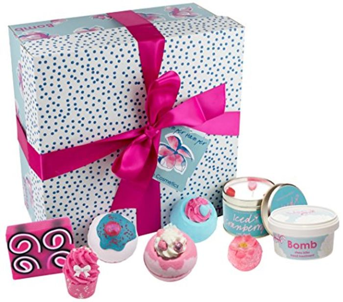 Bomb Cosmetics Pamper Hamper Supersize Handmade Gift Pack - 46% Off!