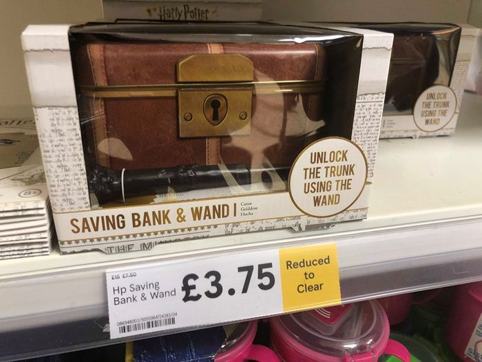Harry Potter Saving Bank + Wand