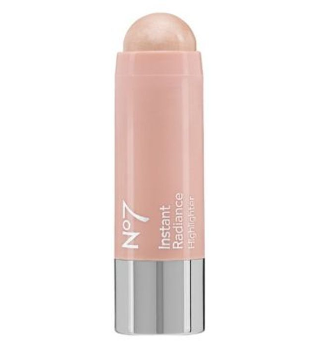 No7 Instant Radiance Highlighter Only £7.5