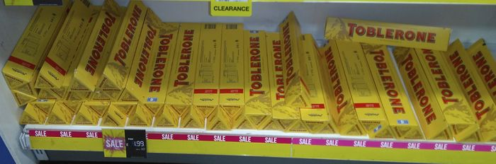 Toblerone Swiss Milk Chocolate with Honey & Almond Nougat 360g £1.99 Superdrug