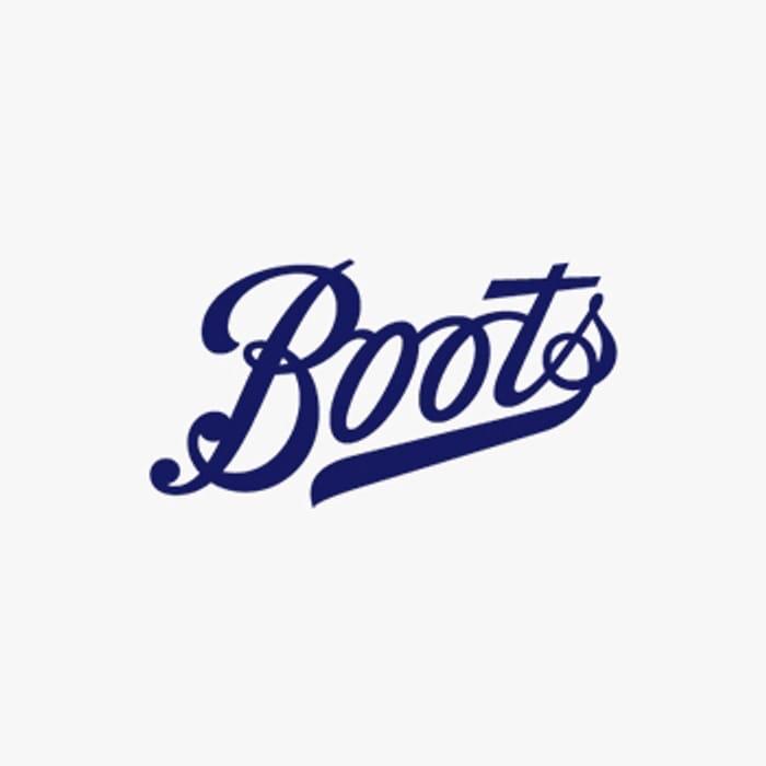 Free Primer with Benefit Bad Gals Lash &Line Set - Boots
