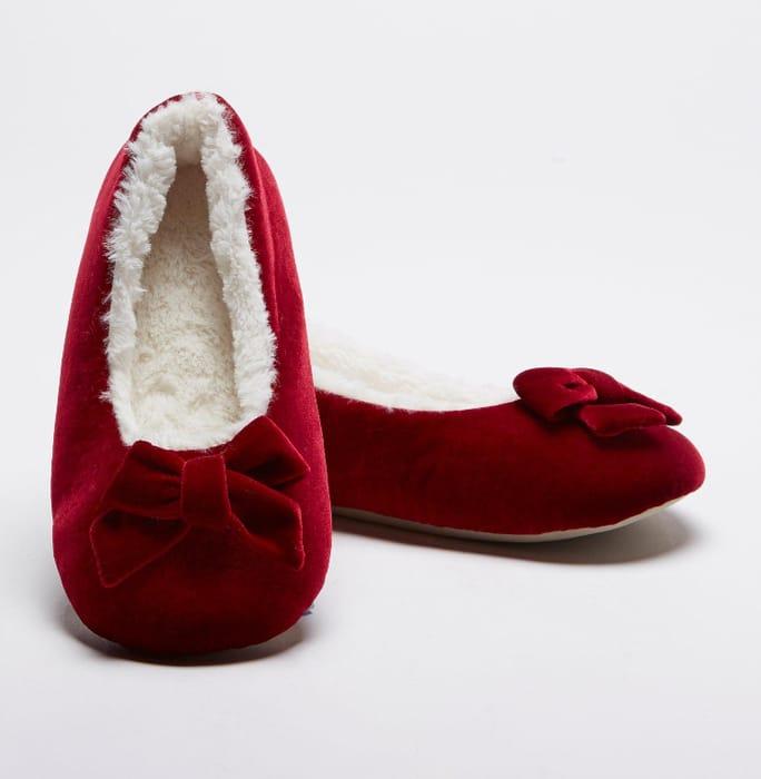 Ladies Velvet Slippers Only £2