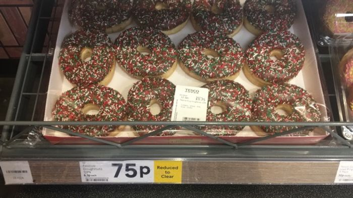 12 Festive Christmas Donuts