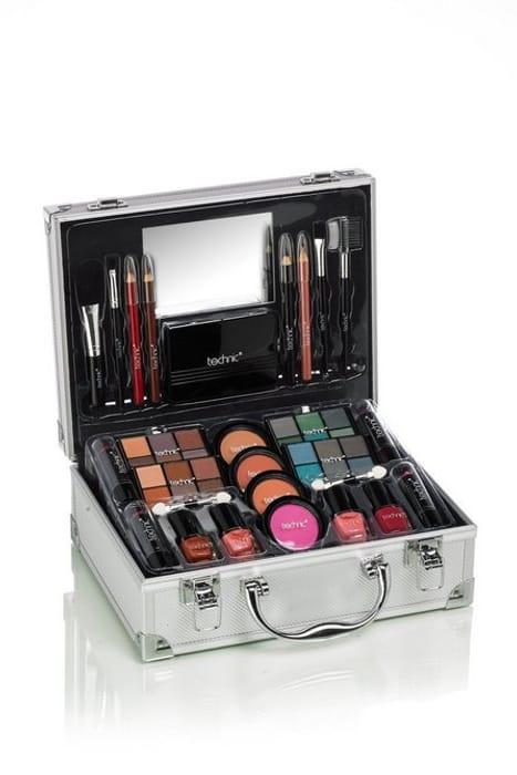*SAVE £5* Large Aluminium Beauty Case with Cosmetics