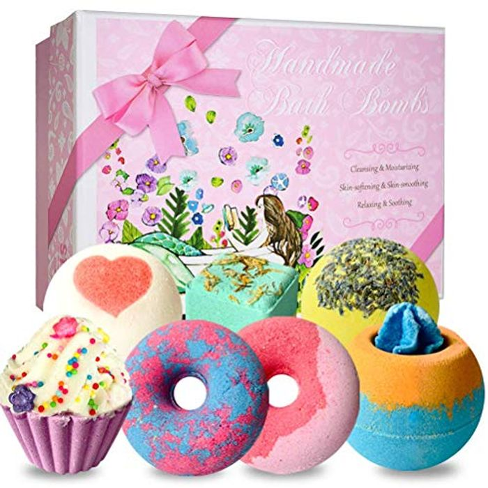 Bath Bombs Gift Set 7 Pcs £4.99 plus FREE DELIVERY