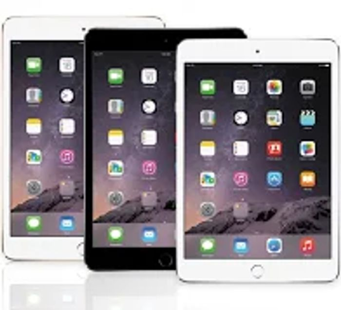 16GB Apple iPad 2 or iPad Mini - 2 Colour Options