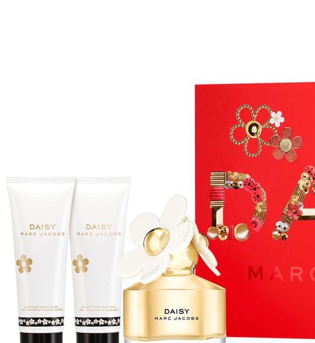 Cheap Marc Jacobs Daisy 50ml Eau De Toilette Gift Set, Only £38!