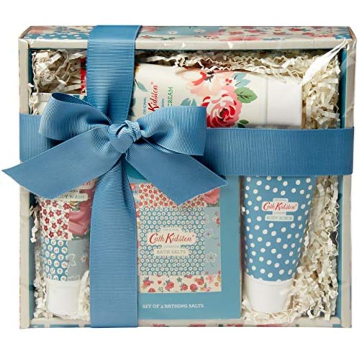 Best Ever Price! Cath Kidston Beauty Cottage Patchwork Pamper Hamper